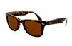 Ray Ban-Folding Wayfarer in tortoise RB4105